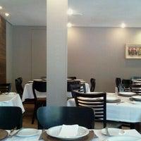 Photo taken at Restaurante Tartine by Daniel F. on 2/2/2012