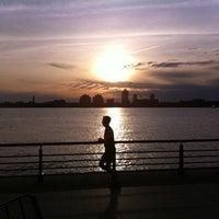 Das Foto wurde bei Hudson River Park Run von James am 5/1/2011 aufgenommen