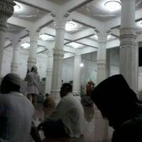 Photo taken at Masjid Al Hikmah Cunda by Ikhwan I. on 8/6/2012