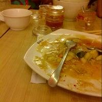 Photo taken at Qua-Li Noodle & Rice by danang f. on 3/29/2014