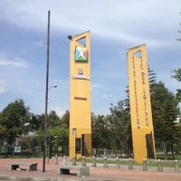 Photo taken at Parque Metropolitano Simón Bolívar by Lorena P. on 10/26/2012