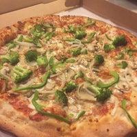 Photo taken at La Pizzeria Pizza by Rita S. on 7/2/2016