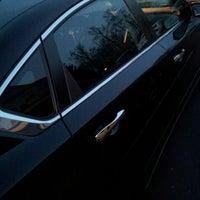"Foto tomada en Tischer Nissan por Amarie ""PoshTheSocialite.com"" J. el 5/2/2014"