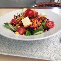 6/17/2013 tarihinde Burak V.ziyaretçi tarafından Chef Salad'de çekilen fotoğraf