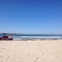 Foto tirada no(a) Ocean Beach por Lyndsi W. em 10/17/2013