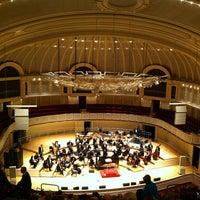1/25/2013 tarihinde Sarah Rziyaretçi tarafından Symphony Center (Chicago Symphony Orchestra)'de çekilen fotoğraf