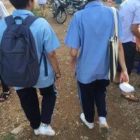 Photo taken at คลองถมใหม่(ตรงข้ามอนุเสาวรีย์พระยาไชยบูรณ์) by Suthinee N. on 8/23/2016