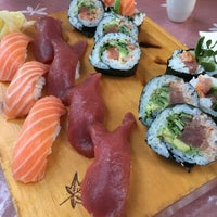 9/8/2017 tarihinde Angela L.ziyaretçi tarafından Jae's Asian Bistro and Sushi Bar'de çekilen fotoğraf