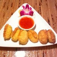 Photo taken at 9 Bangkok Thai Restaurant by Jennifer R. on 4/28/2013