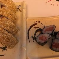 Photo taken at Oishii Sushi & Ramen by Sandra R. on 12/18/2015