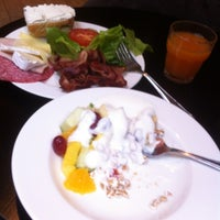 Photo taken at Scandic Sergel Plaza Restaurant by Роман В. on 9/19/2013