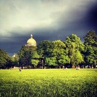 Снимок сделан в Александровский сад пользователем Sasha L. 5/30/2013