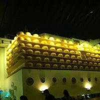 Photo taken at Gianni's Ristorante by Debora F. on 1/16/2013