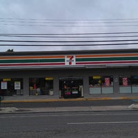 Photo taken at 7-Eleven by Jimmy Jam on 8/8/2013