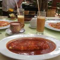 Foto tomada en Casa Oaxaca Cafe por Ahmed O. el 1/28/2013