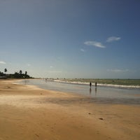 Foto tirada no(a) Praia de Paripueira por Felipe F. em 7/19/2013