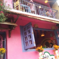 Foto tomada en Los Colorines por Tat N. el 11/2/2012