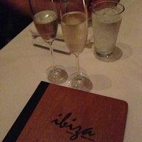 Foto tirada no(a) Ibiza Food and Wine Bar por Liz H. em 2/25/2013