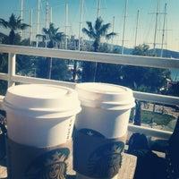 3/4/2013 tarihinde ŞeydArifcan K.ziyaretçi tarafından Starbucks'de çekilen fotoğraf