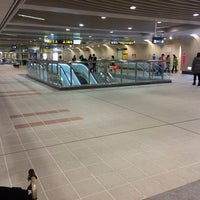 Photo taken at Youbike 捷運信義安和站 MRT Xinyi Anhe Sta. by Ching-Han H. on 12/29/2013