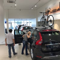 Photo taken at Champion (Peugeot) by Rogerio M. on 4/22/2017