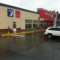 Photo taken at Shoppers Drug Mart by Steven L. on 2/21/2013