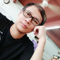 Photo taken at Restoran Nasi Kandar Mahmud by Ombin M. on 8/13/2017