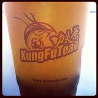 Photo taken at Kung Fu Tea 功夫茶 by Wilmer C. on 6/30/2013