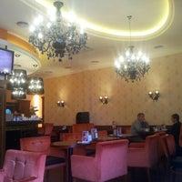 Foto tirada no(a) Круассан-кафе por Григорий У. em 1/17/2013