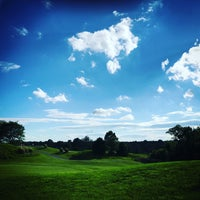 Photo taken at Fairway Hills Golf Club by Sabrina A. on 5/26/2017