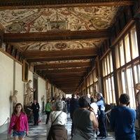 Foto tomada en Galleria degli Uffizi por Ksenia N. el 4/20/2013