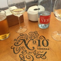 รูปภาพถ่ายที่ Taberna El Nº 10 โดย Daria S. เมื่อ 8/9/2016