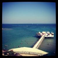 7/20/2013 tarihinde Антон К.ziyaretçi tarafından Didim Beach Resort & Elegance'de çekilen fotoğraf