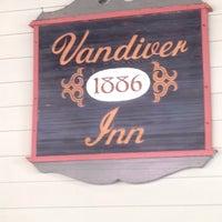 Photo taken at Vandiver Inn by Ed M. on 7/5/2015