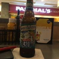 Photo taken at Sam Adams Atlanta Brew House- B Concourse by Justin F. on 5/30/2017