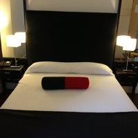 Foto tomada en Hotel Quatro Puerta del Sol por Anchen🍭 el 1/7/2013