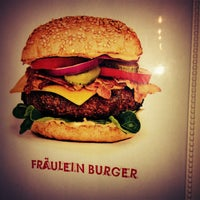 Das Foto wurde bei Fräulein Burger von Johannes D. T. am 2/15/2013 aufgenommen