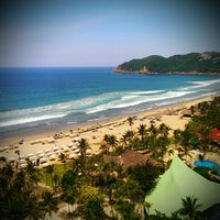 Photo taken at The Fairmont Acapulco Princess by Emiliano M. on 6/14/2013