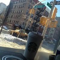 Foto tomada en Starbucks por Tomas A. el 2/10/2013