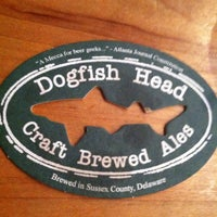 Photo taken at Dogfish Head Brewings & Eats by Jenna T. on 4/29/2013