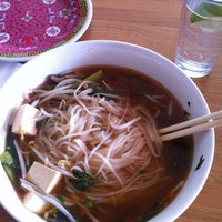 Foto tomada en Xoia Vietnamese Eats por Amanda B. el 3/2/2013