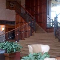 Photo taken at Sheraton Eatontown Hotel by sutah r. on 10/18/2012