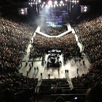 Foto tirada no(a) Xcel Energy Center por Lindsey L. em 2/7/2013