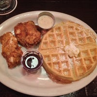 Photo taken at Belle Diner by Anthony C. on 12/1/2014