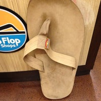 Photo taken at Flip Flop Shop by Penny H. on 10/30/2012