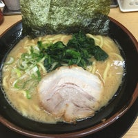 Photo taken at 家系ラーメン 松田家 by Akira K. on 7/28/2017