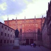 Photo taken at Fachada Universidad by Ecclesius de Vatum on 4/5/2013