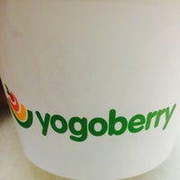 Photo taken at Yogoberry by Lílian D. on 10/3/2014