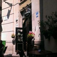 Foto tomada en Dunne's Bar por Dmitry A. el 7/8/2013