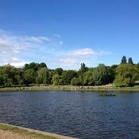 6/8/2013 tarihinde Sergio A.ziyaretçi tarafından Hampstead Heath Ponds'de çekilen fotoğraf